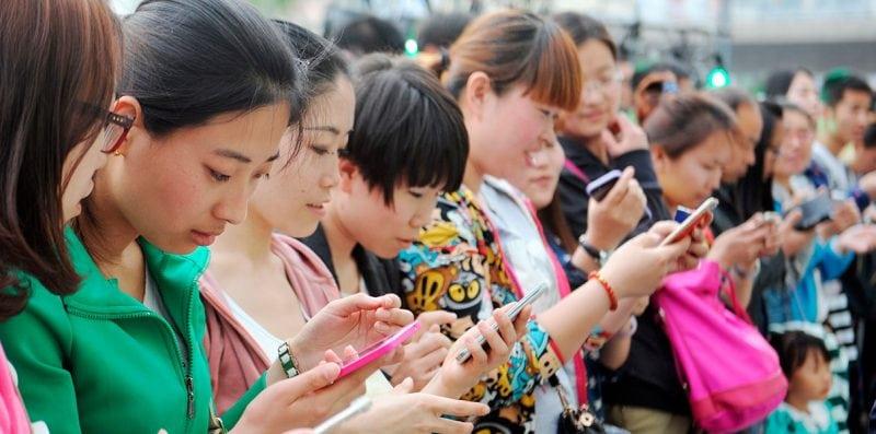 Китайская блогерша за 5 минут продала 100 Мини Куперов и заработала 4,5 миллиона долларов
