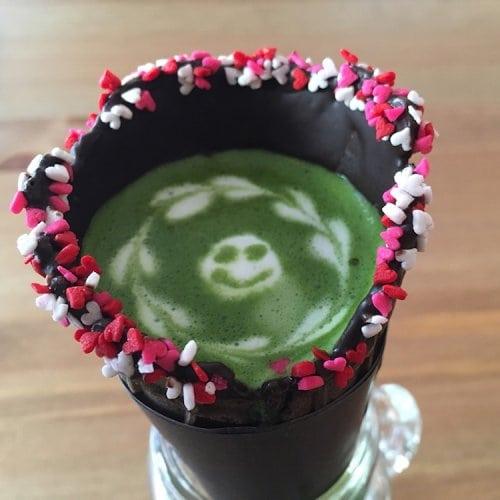 Кофе в вафельном рожке новинка в Японии
