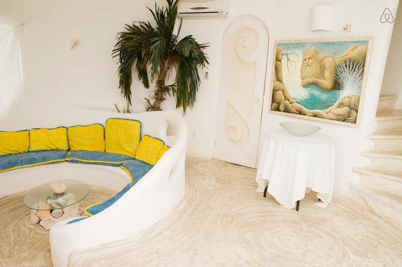 Потрясающий дом в форме ракушки на острове в Мексике