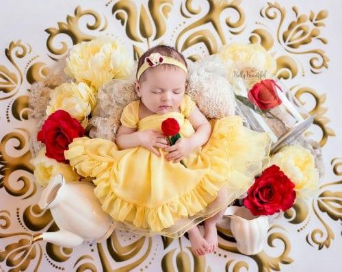 малыши в образе диснеевских принцесс