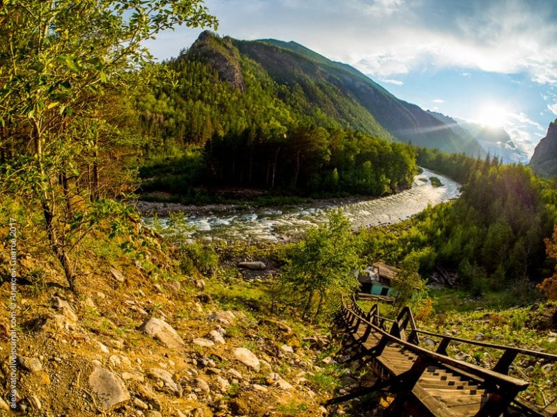 """Река с прекрасным названием """"Алла"""" - самый потрясающий уголок планеты"""