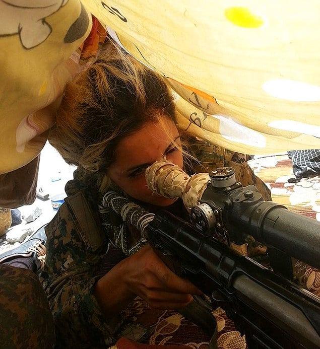 Студентка из Дании убила больше 100 террористов ИГИЛ и за её голову бандиты дадут 1 миллион долларов!
